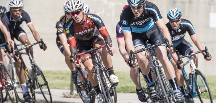 Neil Wengerd - Headwind Cycling on the front